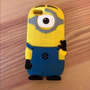 Accessories - Minion iPhone 5 case